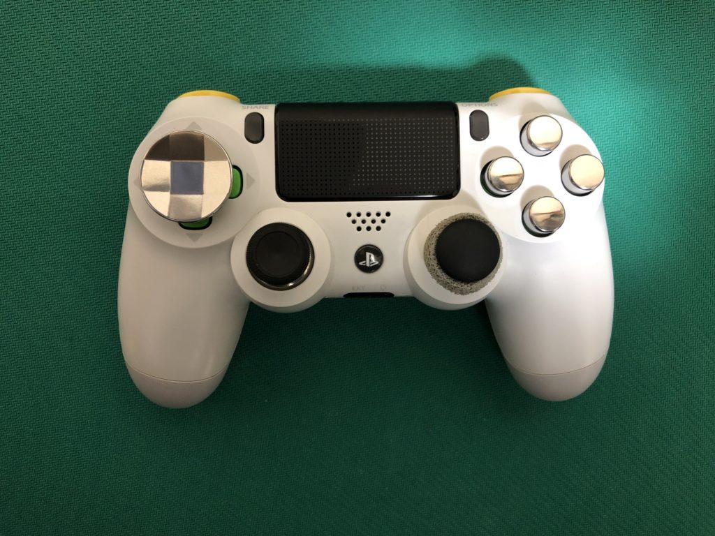 改造PS4コントローラー