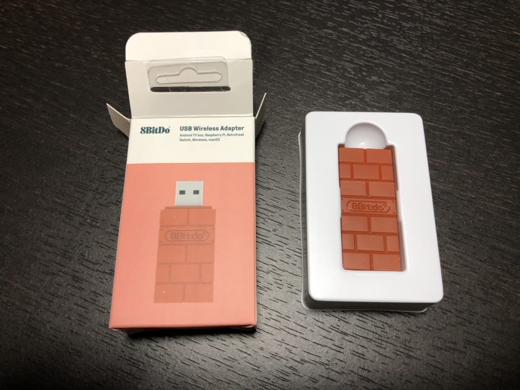 8BitDo USB Wireless Adapter 外観