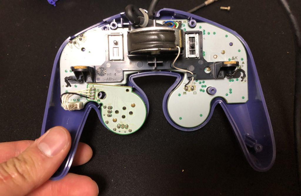 ゲームキューブコントローラー 組み立て