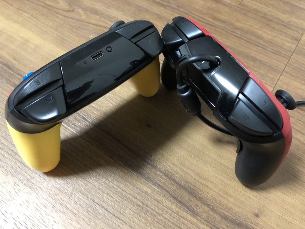 PDP Faceoff Deluxe とプロコン 側面