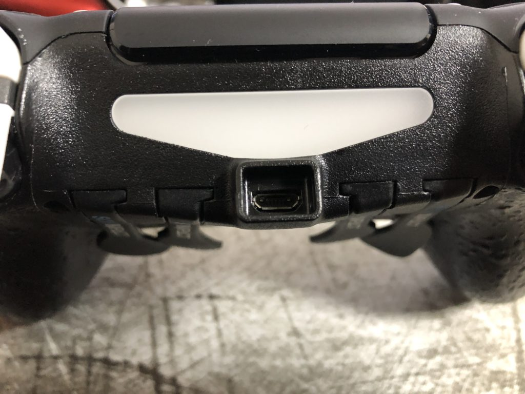 スカフインパクト USB端子